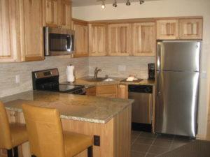 0405-kitchen-300x225.jpg