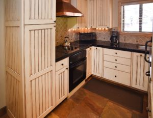 3BedroomTownhome-Kitchen1-300x232.jpg