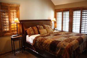 B4-Master-bedroom-300x200.jpg