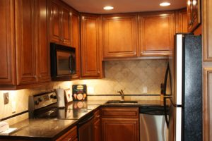 B4-TH-kitchen-300x200.jpg