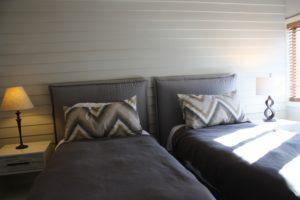 D3-twin-beds-2-300x200.jpg