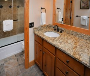 OneBedroomCondo-bath2-300x254.jpg