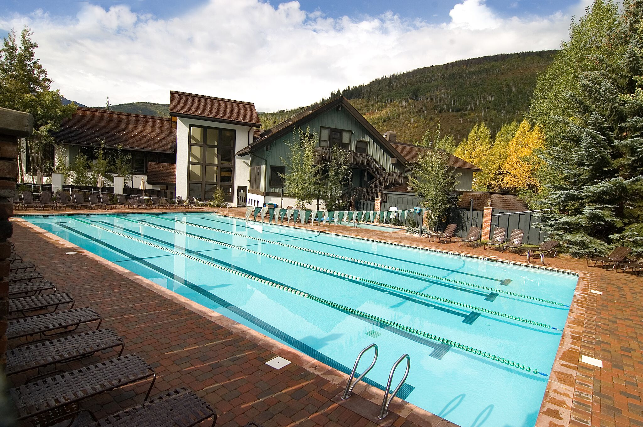 Year Round Pool & Hot Tubs | Vail Racquet Club Hotel & Resort