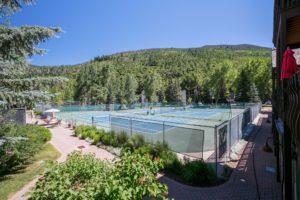 VailRacquetClub-Tennis-Courts2-300x200.jpg