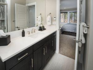 TH-F1-Bed-bath-3-300x228.jpeg