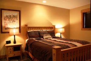 502-bed-300x200.jpg