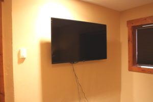 502-bedroom-tv-2-300x200.jpg