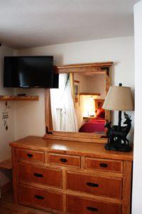 903-bedroom-dresser-200x300.jpg