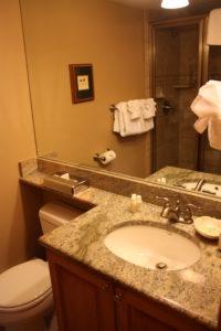 512-bathroom-200x300.jpg