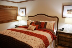 1504-bed-300x200.jpg