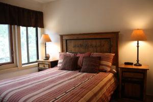 H3-bed-2-300x200.jpg