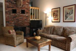 H3-sofa-2-300x200.jpg